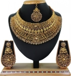Alloys Jewellery Set  (Gold and Bronze)